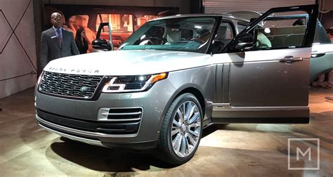 land rover suv 2018 land rover reveals 2018 range rover svautobiography the