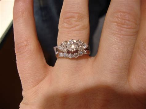 Solitare Engagement ring size question   Weddingbee