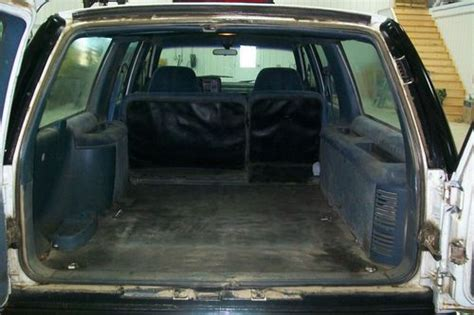 94 Suburban Interior by Buy Used 94 Chevy Suburban 2500 4x4 In Sibley Iowa United States
