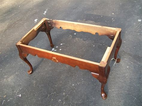 repurposed coffee table into bench diy