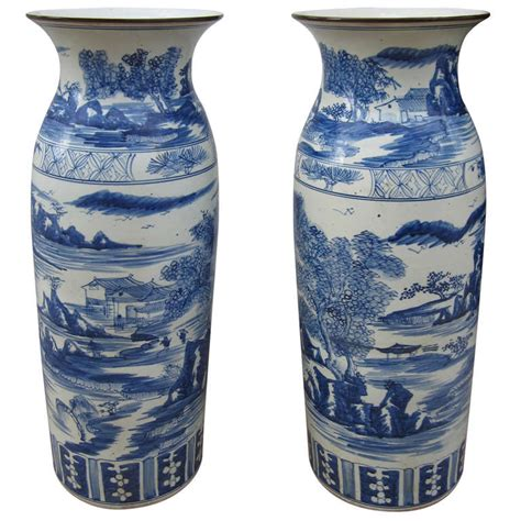 Large Blue And White Vases by Large Blue And White Vases At 1stdibs