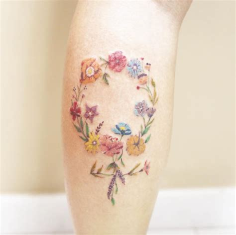 63 fabulous feminine tattoo design ideas tattooblend