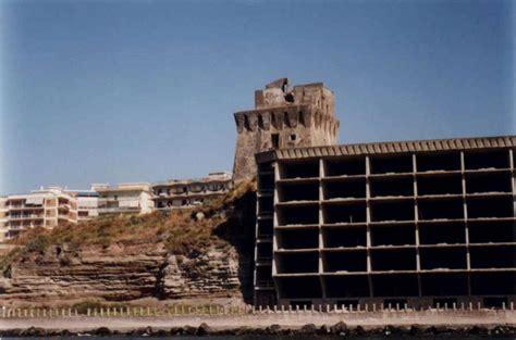 Piscine Torre Greco by Torre Di Bassano