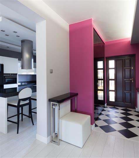 creare un bagno in poco spazio come sfruttare lo spazio di ingresso e corridoio trashic