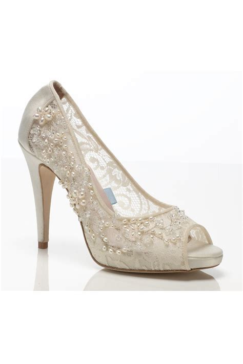 Wedding & Bridal Shoes   Latest Styles (BridesMagazine.co