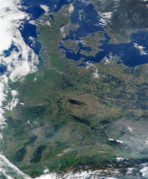 germany satellite map germany satellite map 2006 size