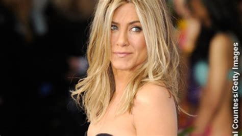 inside edition hairstyles jennifer aniston s comment raises eyebrows inside edition