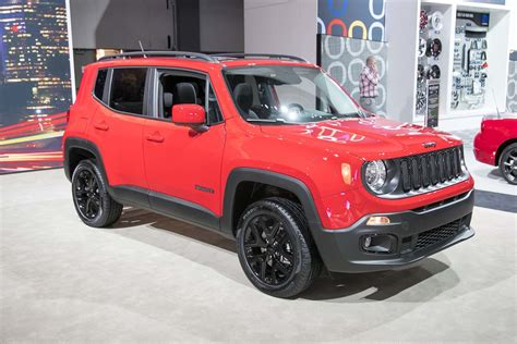 jeep altitude 2017 2017 jeep renegade altitude front three quarter 1 motor