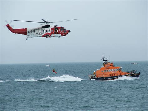 Search And Rescue File Coastguard Helicopter Rnli Rescue Demonstartion Jpg