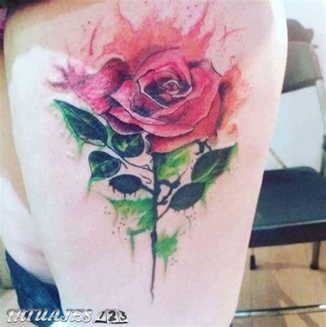 rosa estilo acuarela tatuajes 123