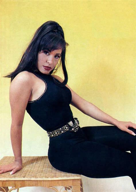 Selena Quintanilla Wardrobe by Selena Quintanilla Uploaded By Tejanoreina8 Selena
