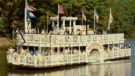 boat rides near memphis tn dan river queen an old missippi river boat retired near