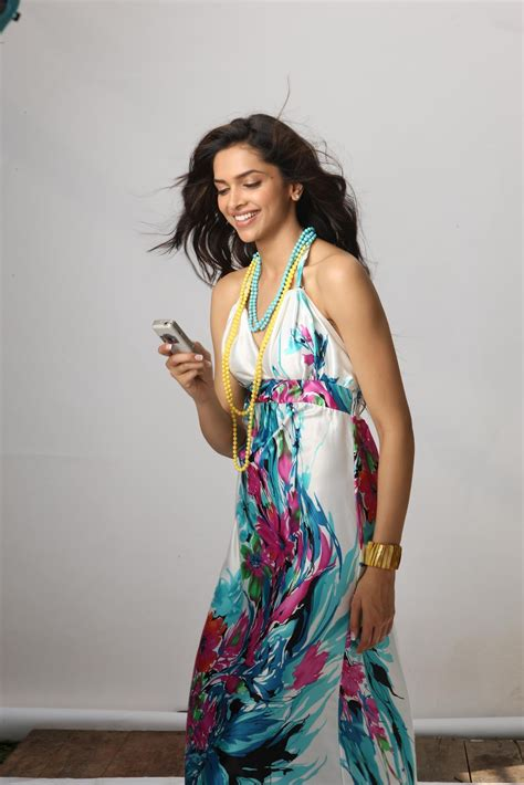 perfectgirls mobile deepika padukone photos