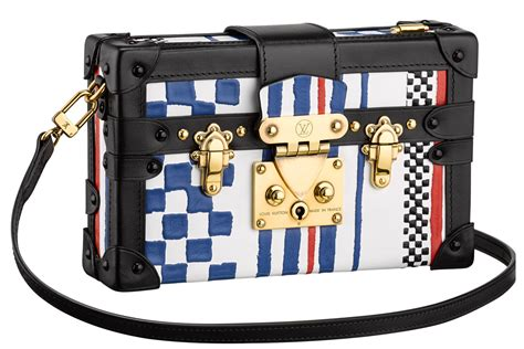 tas branded handbag gc key embos hitam style wishlist astro awani