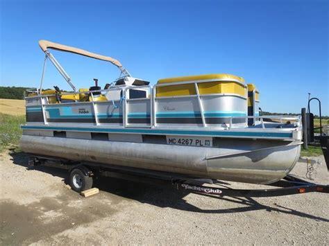 used harris pontoon boats for sale michigan 1992 used harris pontoon boat for sale 7 995 traverse