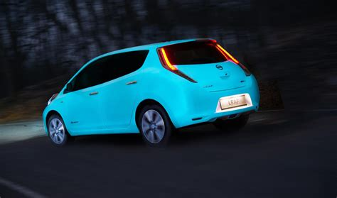glow in the paint on cars nissan is manufacturer to apply glow in the car