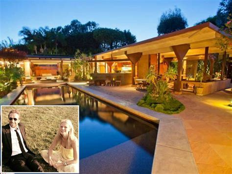 houses in malibu the house in malibu gwyneth paltrow chris martin bought hooked on houses