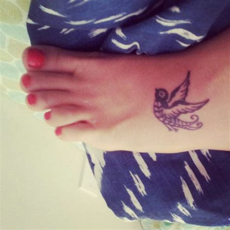 small sparrow tattoo love tat my own lj pinterest