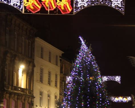 christmas lights switch on in stirling alloa and falkirk