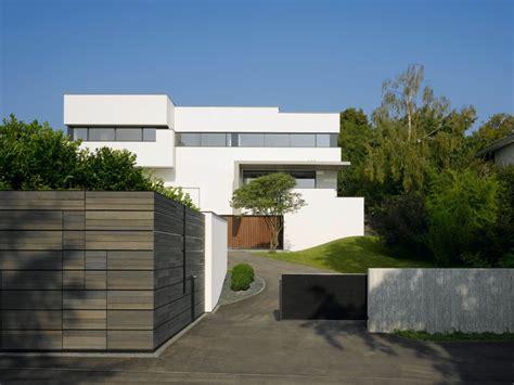 haus am hang modern haus fassade d 252 sseldorf von haus am hang hausideen pinterest design blog