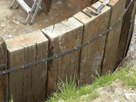 Retaining Walls Sleepers by How To Build A Retaining Wall With Railway Sleepers
