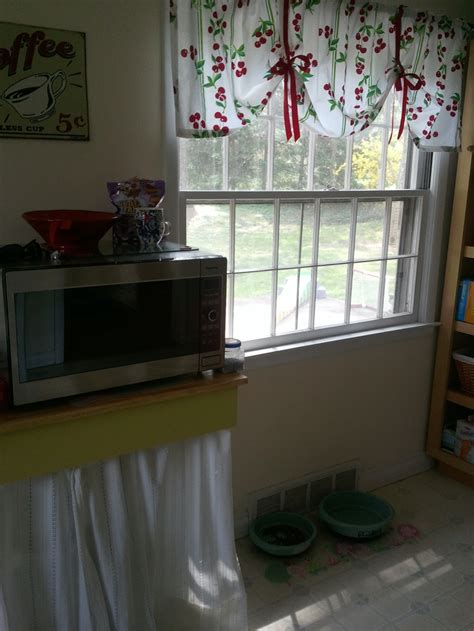 cherry kitchen curtains 17 best images about valance curtains on