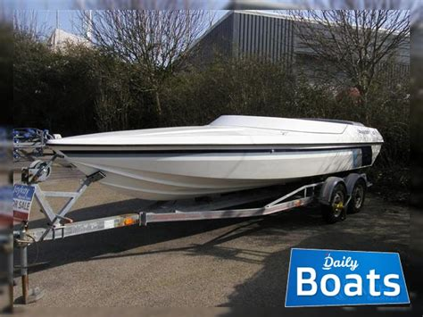 phantom  volvo  inboard duo props  sale daily boats buy review price  details