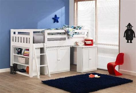 cabin beds for small bedrooms childrens cabin beds for small bedrooms image 07 small