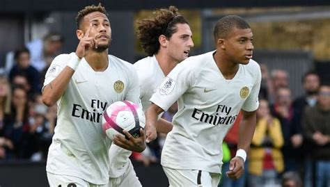 man uniteds french connection  frighten psg