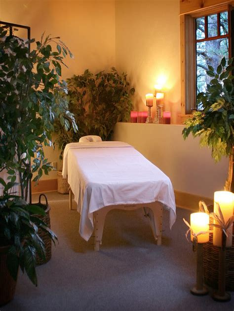 spa massage rooms ideas pictures remodel  decor
