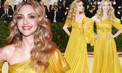 amanda seyfried yellow dress met gala amanda seyfried channels shakespeare s juliet in