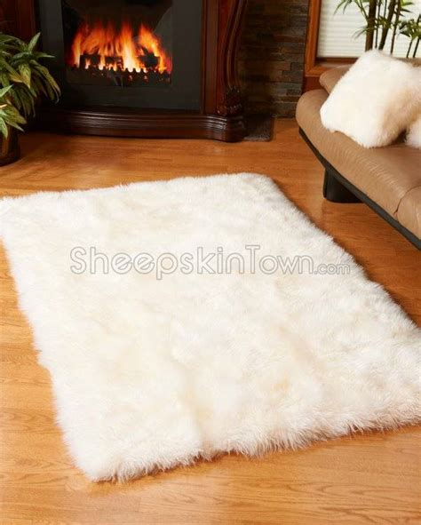 Large Sheepskin Area Rug Large Ivory White Sheepskin Area Rug 4x6 Ft Ivory White Ivory And Taupe Living Room