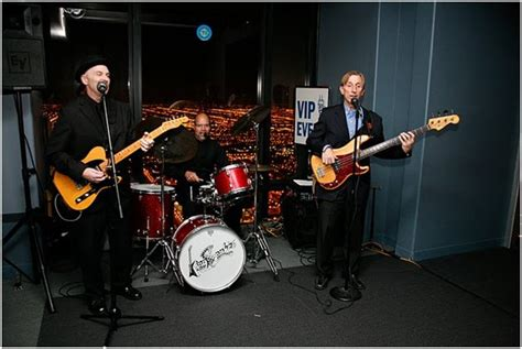 O The Floor by Photos Chicago Kingsnakes Blues Band