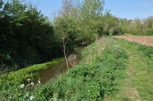 river thames kemble river thames at kemble 169 philip halling cc by sa 2 0