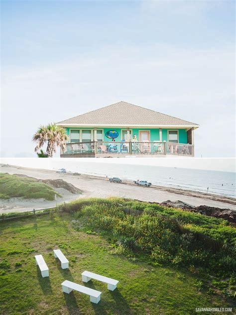 A Crystal Beach, Texas intimate wedding on the shore. #