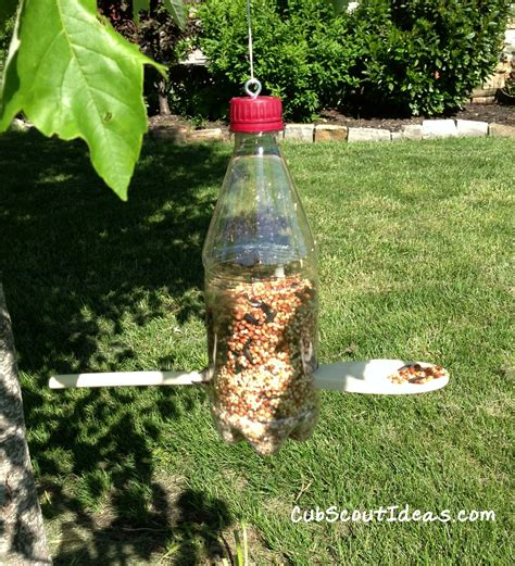 woodworking plans how to build a bird feeder out of a soda
