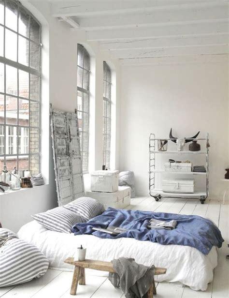 bed on floor ideas 25 best ideas about mattress on floor on pinterest