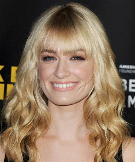 beth behrs hairstyle wavy medium beth behrs long wavy casual hairstyle with blunt cut bangs