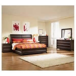 magnussen bedroom furniture from bedroomfurniturespot bella cera 38050 60 45 dresser with mirror michael amini