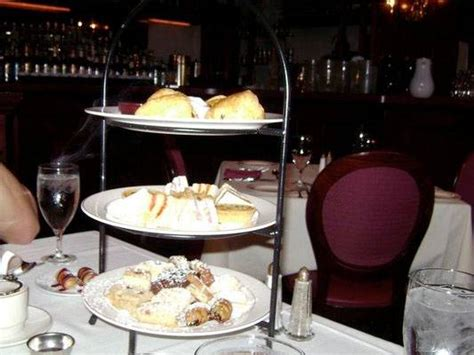 russian tea time landmark restaurant in downtown chicago tea crumpets the top 5 tea parlors in chicago haute