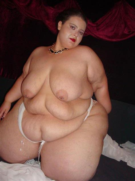 Very Fat Young Babe Posing nude Pichunter