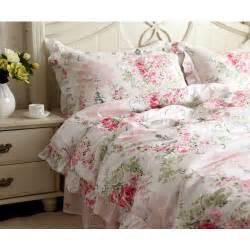 Victorian pink rose bedding