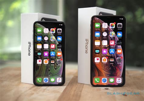 iphone xs max  huge winner  sales  analyst slashgear