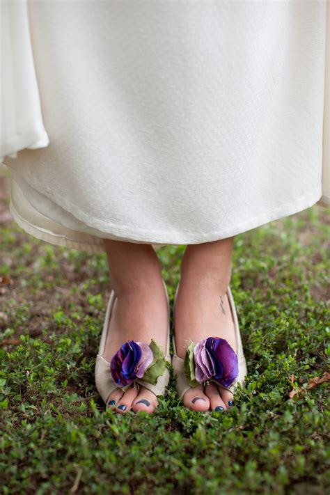 diy flower shoes diy tutorial how to make fabric flower shoe