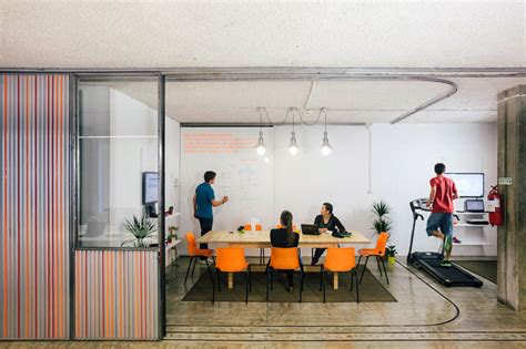 Garage Headquarters Smart Offices Adaptable Office Space With Garage