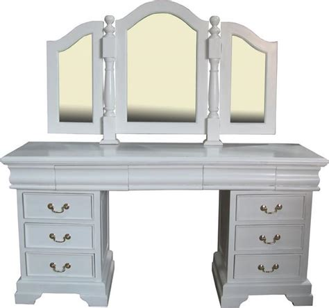 White Bedroom Vanity With Drawers