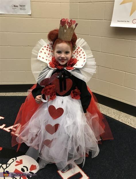 queen  hearts diy costume  girls  diy costumes