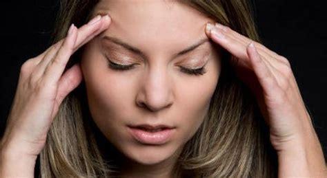 ipotiroidismo e mal di testa mal di testa sale il rischio di ipotiroidismo