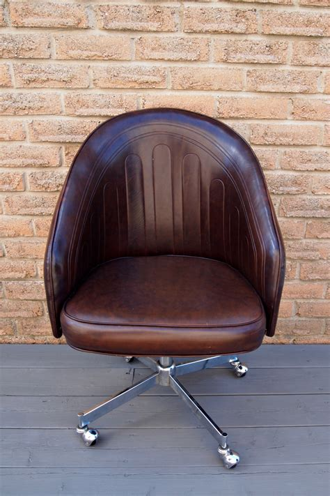 diy desk chair chic diy painted leather office chair