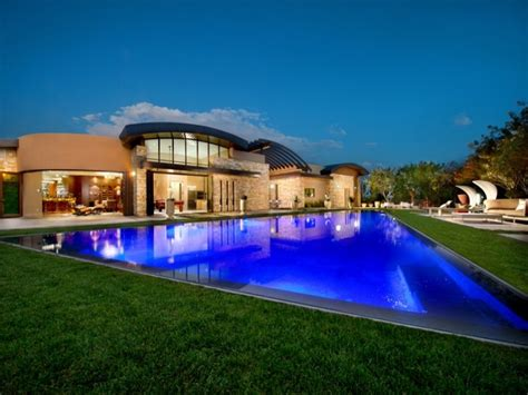 las vegas homes with pools for sale